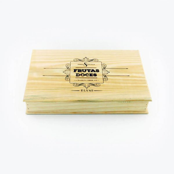 Ameixa-escorrida-caixa-de-madeira